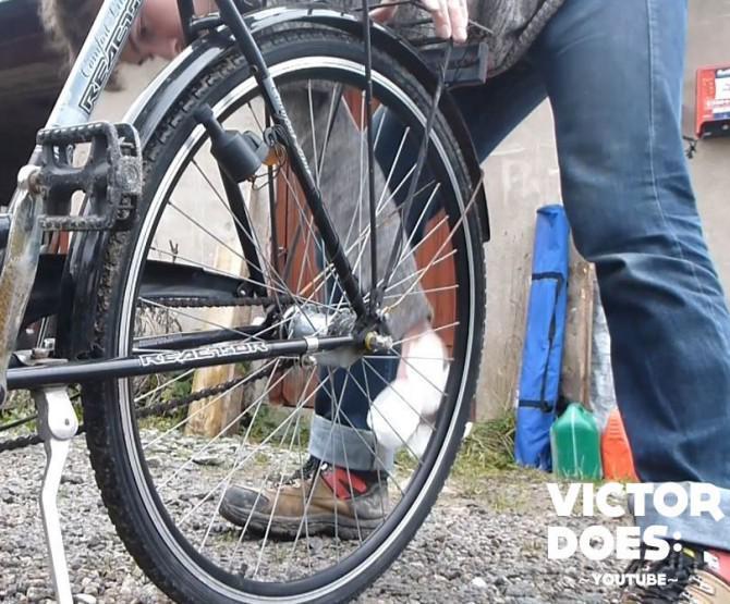 """Glow in the dark Fahrrad """"Tron Style"""" - DIY Tutorial"""