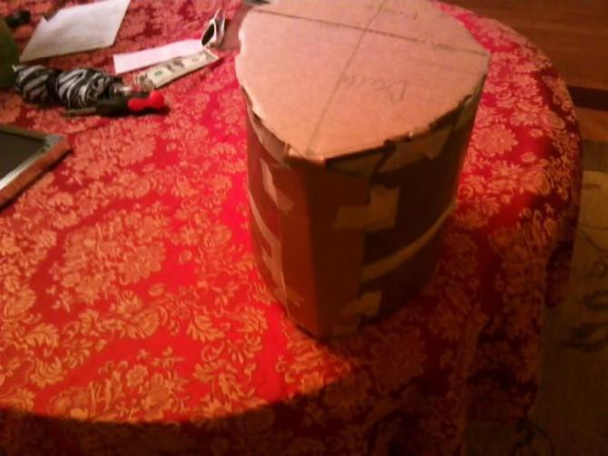 Wie man eine mittelalterliche Helm aus Blech Stellen