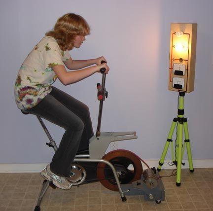 Drehen Sie einen Heimtrainer in einen Energie bike