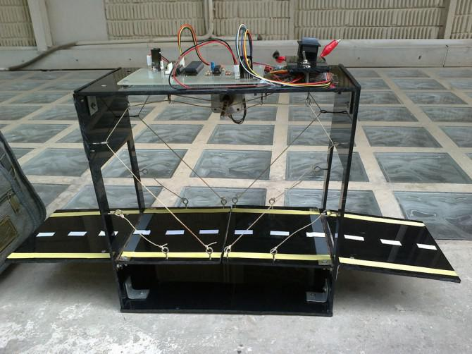 Automatische London Klappbrücke (Arduino basierte Studienarbeit)