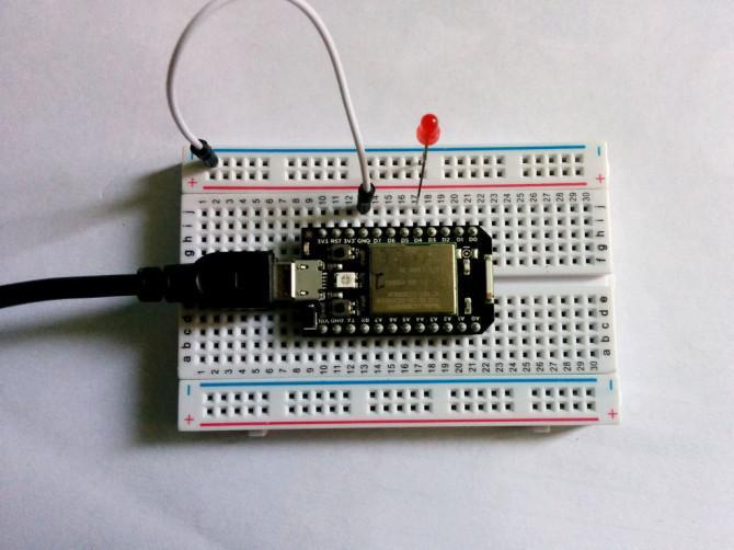 Funkenkern -101- Blinkende LEDs
