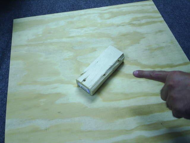 Einen Holz Game Cube