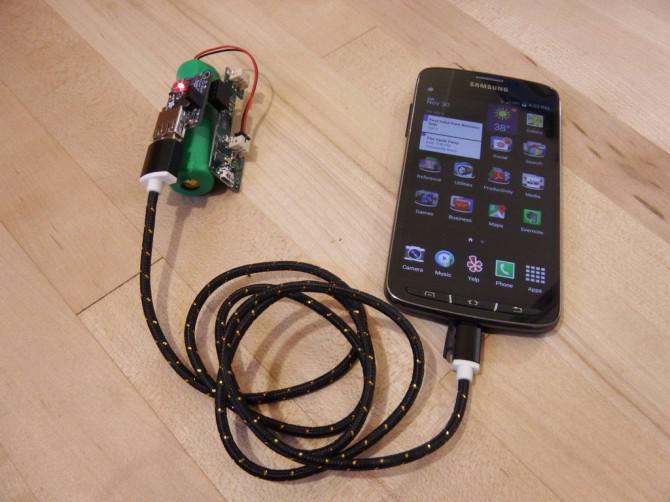 Strom Stacker: Stackable USB-Akku-System