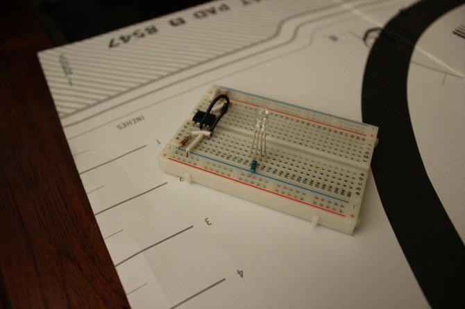 AAA Robot (Autonome Analog Arduino)
