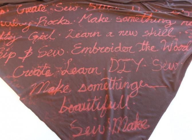 No Sew Script Schal