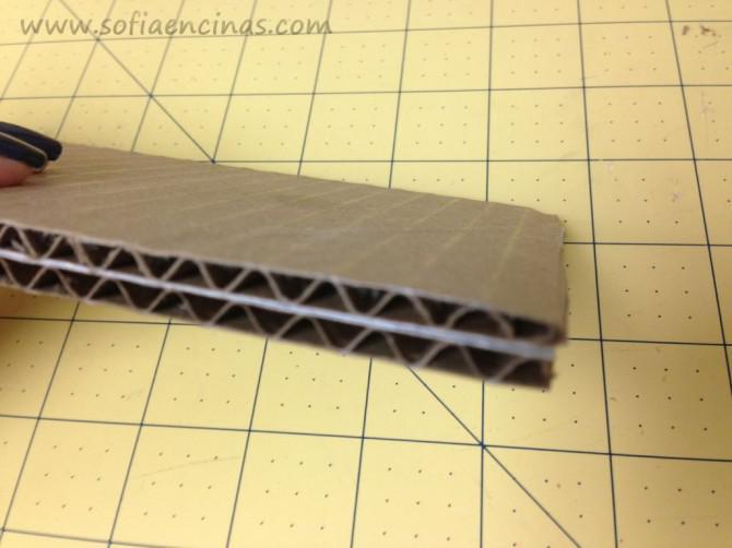 Machen Sie eine einfache Pin Vorstand aus recycelten Materialien