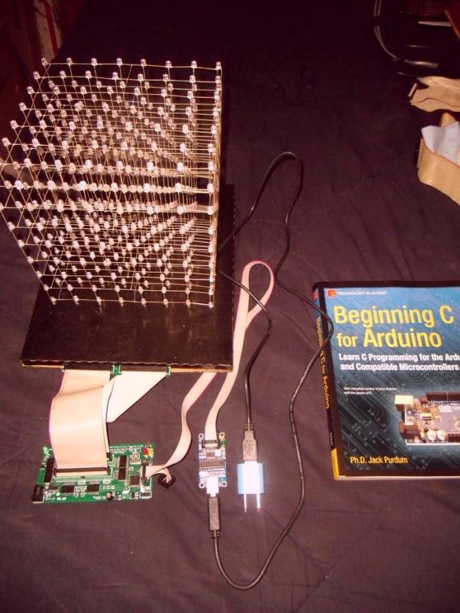 ist 8X8X8 LED Cube Revisited mit Verbesserungen!