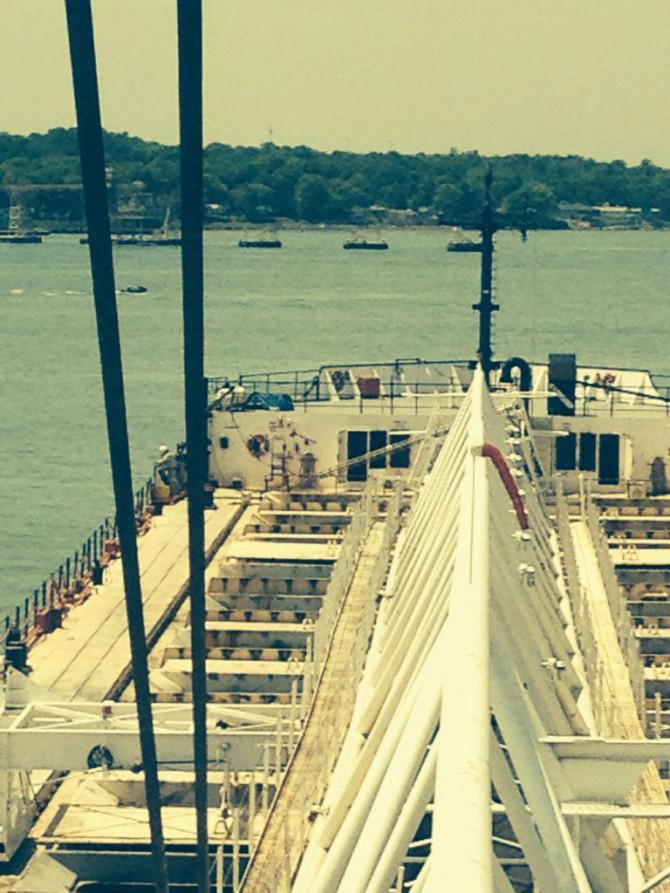 Wie man ein 630 'Great Lakes Frachter auf einen Cent zu stoppen