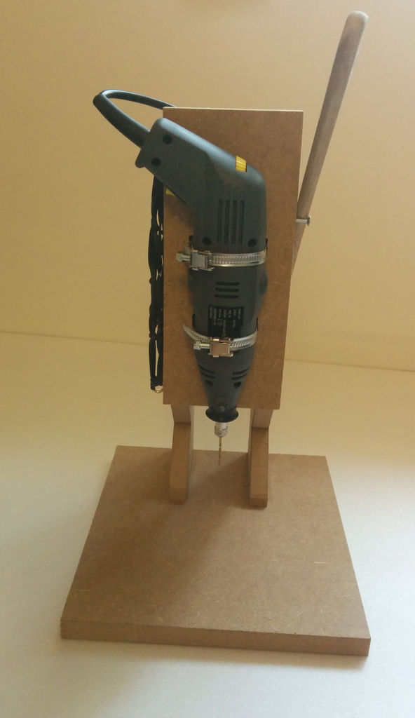 Einfache Mini-Bohrmaschine