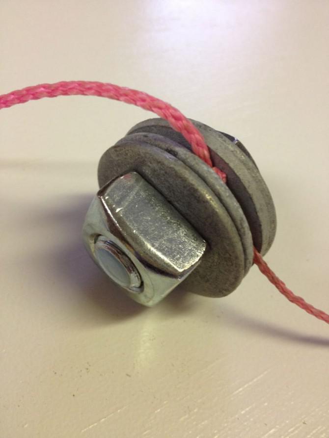 Führen TV Kabel Oberhalb eines Kamin