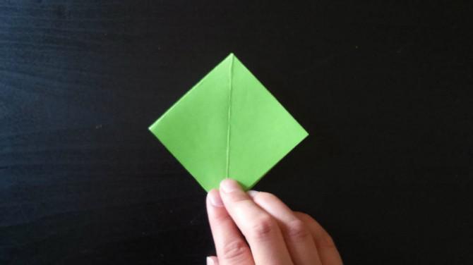 Origami Calyx für eine Origami Rose