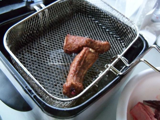Deep Fried Schweinefleisch-Rippen
