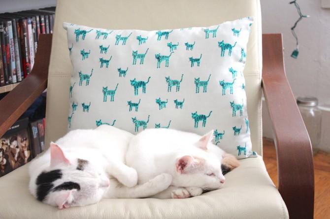 Wie man einen Reißverschluss Kissenbezug nähen