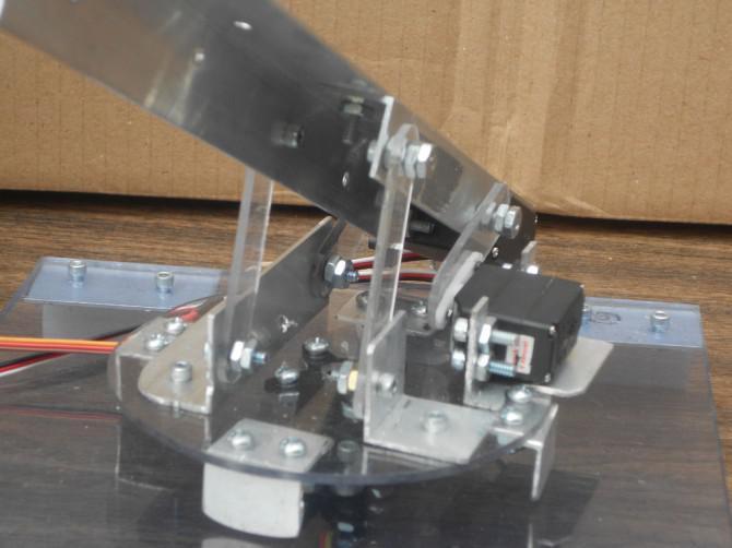 6 Shot Arduino Rubber Band Turret (Wii Nunchuck + Arduino)