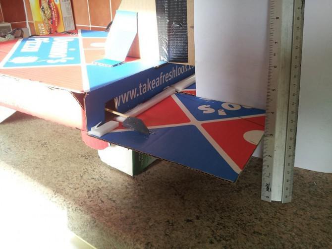 Dominos Pizza Box Flugzeug $ 35