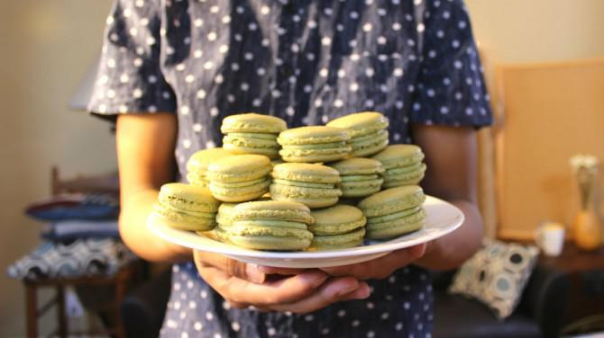 Matcha Green Tea Macarons | Josh Pan