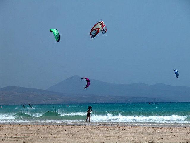 Drei Aspekten, die vor der Auswahl eines Tarifa Kitesurfschule Ponder Over