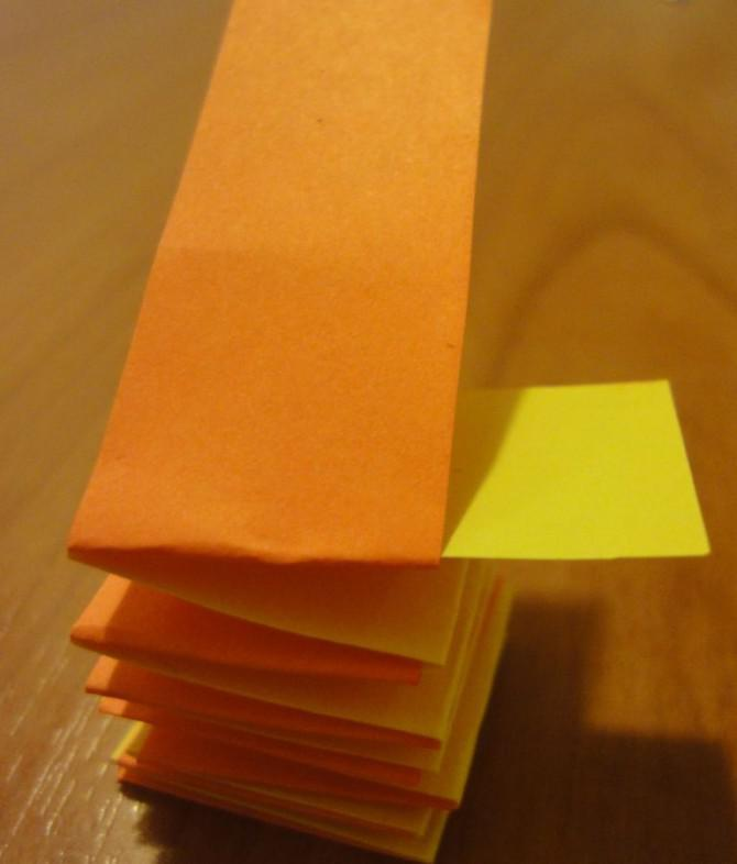 Glühende Papierblume