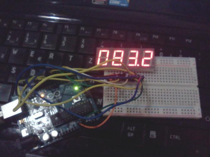 Vierstellige Siebensegmentanzeige Zähler / Thermometer