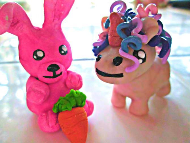 Zuckerwatte-Lehm-Bunny und Verrückte Unicorn