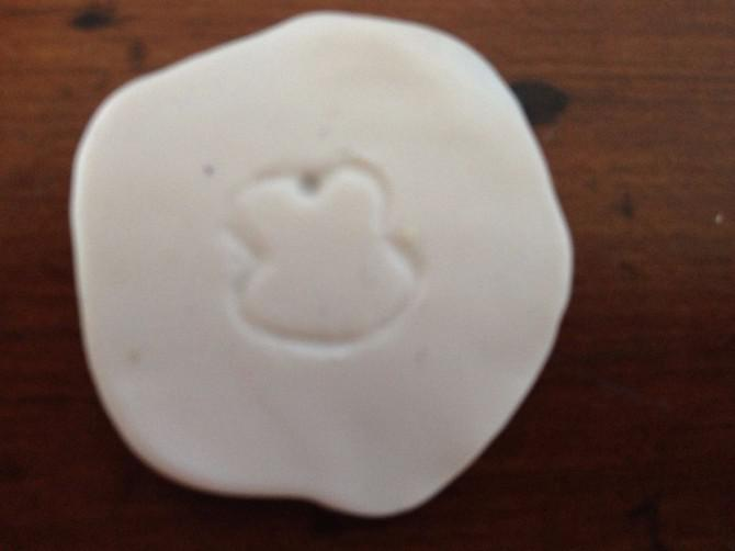 Wie man ein Minnie Mouse aus Polymer-Ton machen