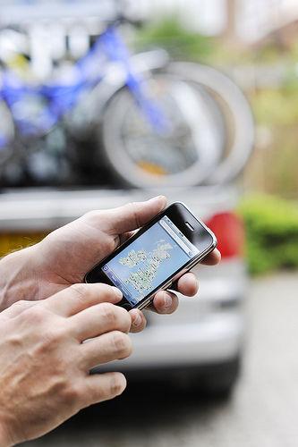Wie die Kosten niedrig unterwegs mit dem Mobiltelefon zu halten