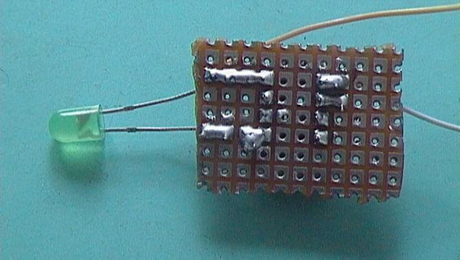 Licht Sensing LED - PICAXE Version