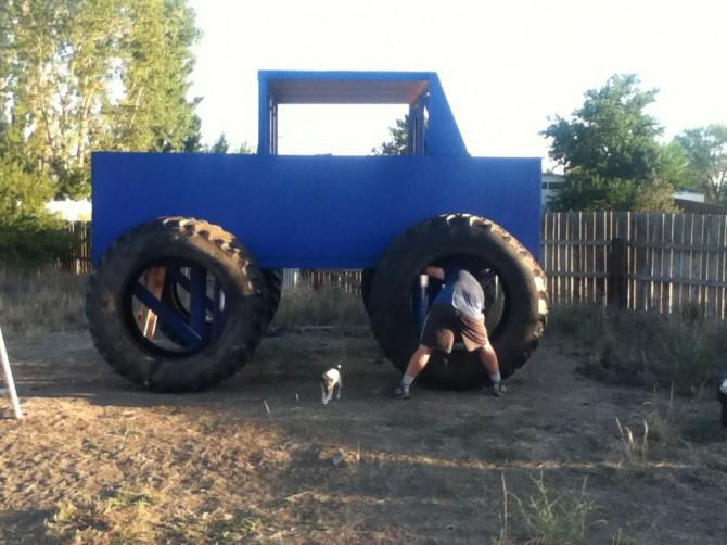 Monster-Truck-Fort