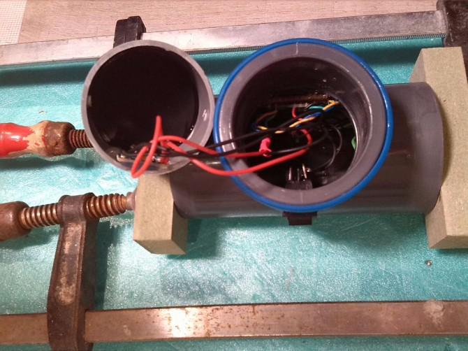 Tragbarer Bluetooth Lautsprecher 2x3W Fertig!