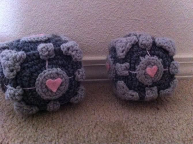 Crochet Portal Cube