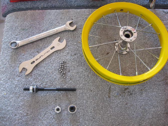 Kleinkind-Laufrad aus gebrauchten Kinderfahrrad