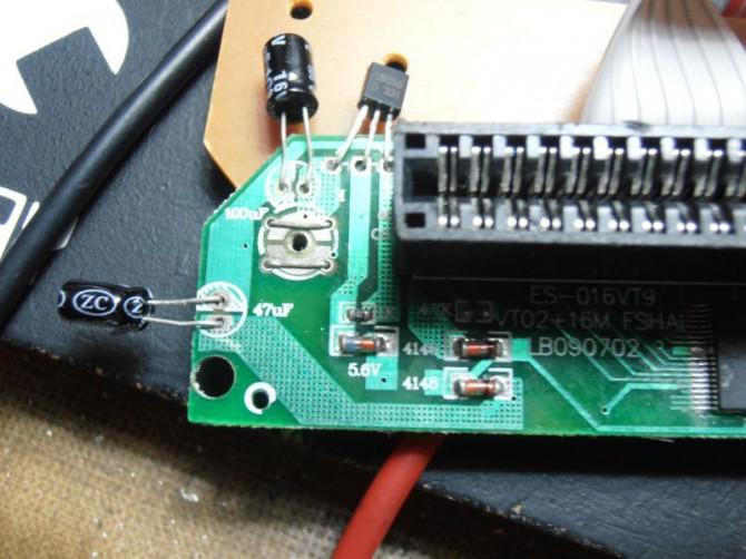 Projekt Vorteil: Installieren Sie eine famiclone in ein NES Advantage-Joystick