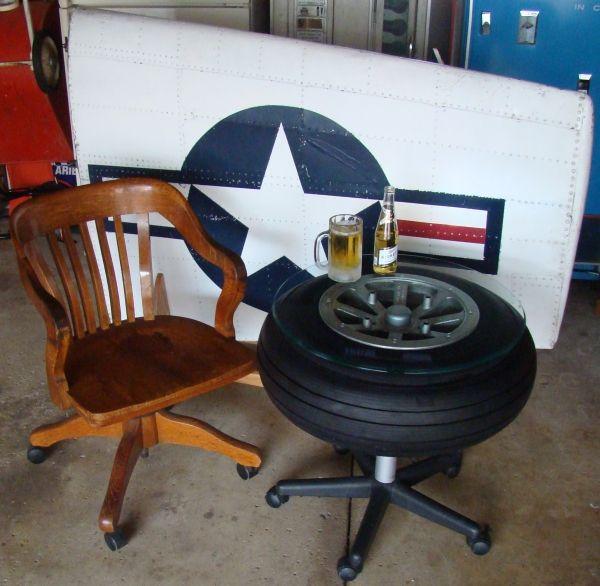 Tabelle von einem 1940er Flugzeugrades gemacht