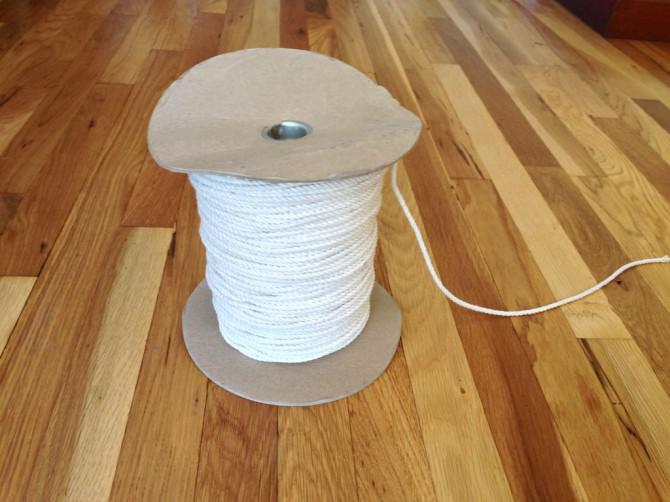Wie man eine Anlage Kleiderbügel aus Seil machen