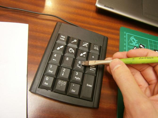 Erstellen Sie eine leistungsfähige programmierbare Tastatur für weniger als $ 30.