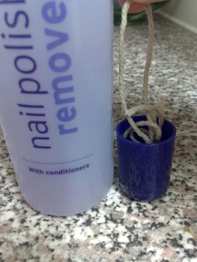 Wie man eine Flasche mit einer Schnur und Nagellackentferner schneiden!