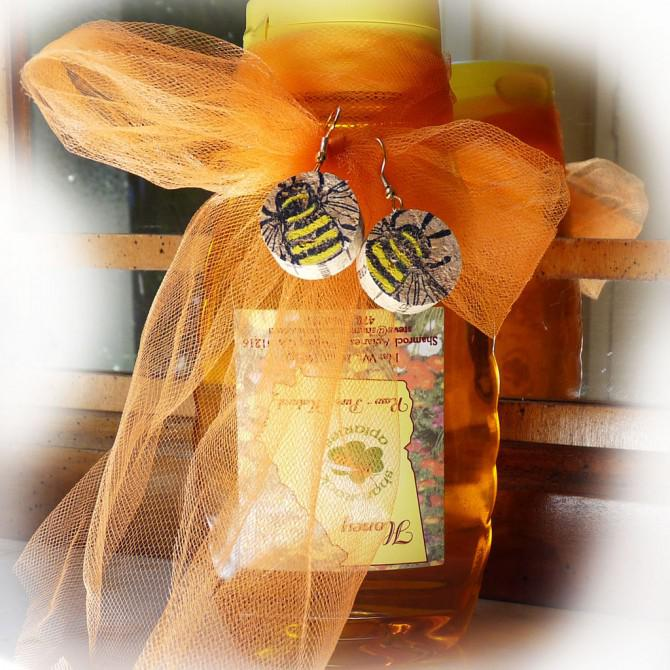 Weinkorken Bee-Ohrringe