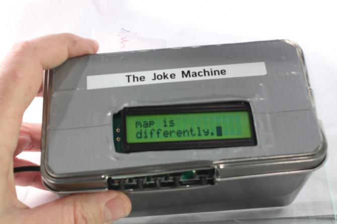 Der Raspberry Pi Powered Joke-Maschine