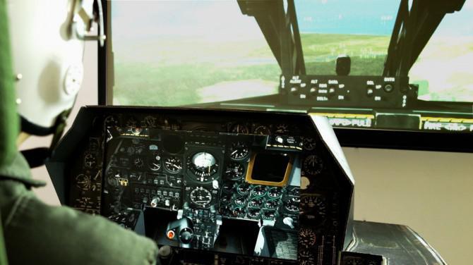 Endwert Fighter Jet Cockpit aus Pappe