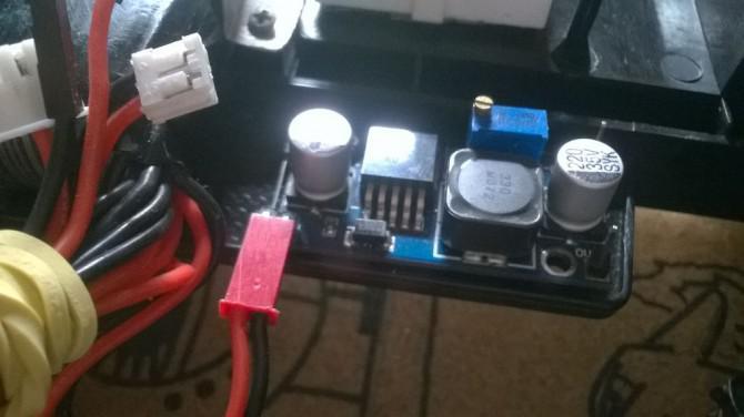 Arduino RC Car mit großer Reichweite und benutzerdefinierte Sender.