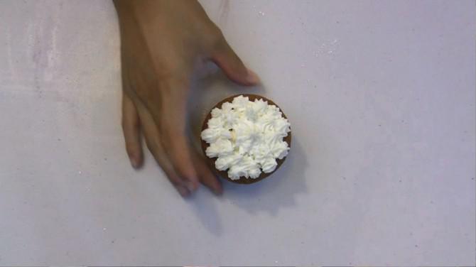Raspberry Cupcakes | Josh Pan