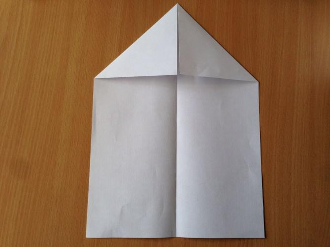 Die Unstoppable Paper Airplane