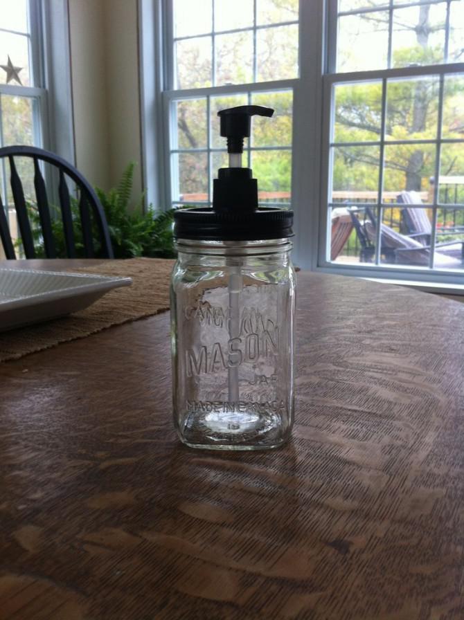 Machen Sie einen Maurer-Glas Seifenspender