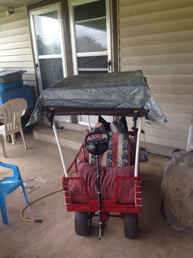 Selbstfahrende Kiddo Chariot von alten Garten Wagen und Elektromobil auf einen $ 100 bis $ 200 Budget.