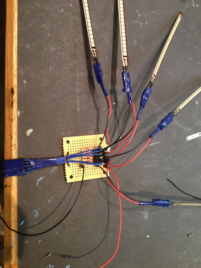 DIY Roboter-Hand mit einem Handschuh und Arduino Controlled