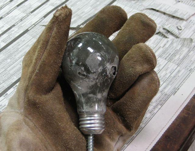 Konkrete Glühlampe Wandhaken