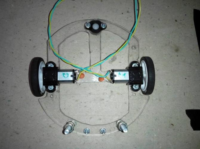 Arduino Bluetooth-Bot mit Android und LED-